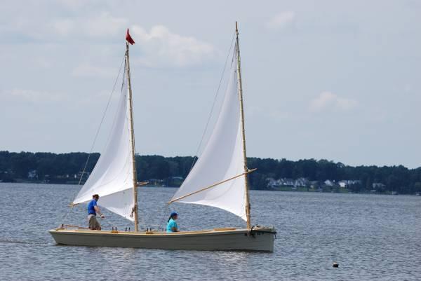 23 ft sharpie sailboat – TSCA